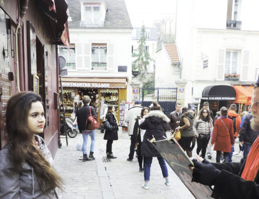 Live painting in Montmartre